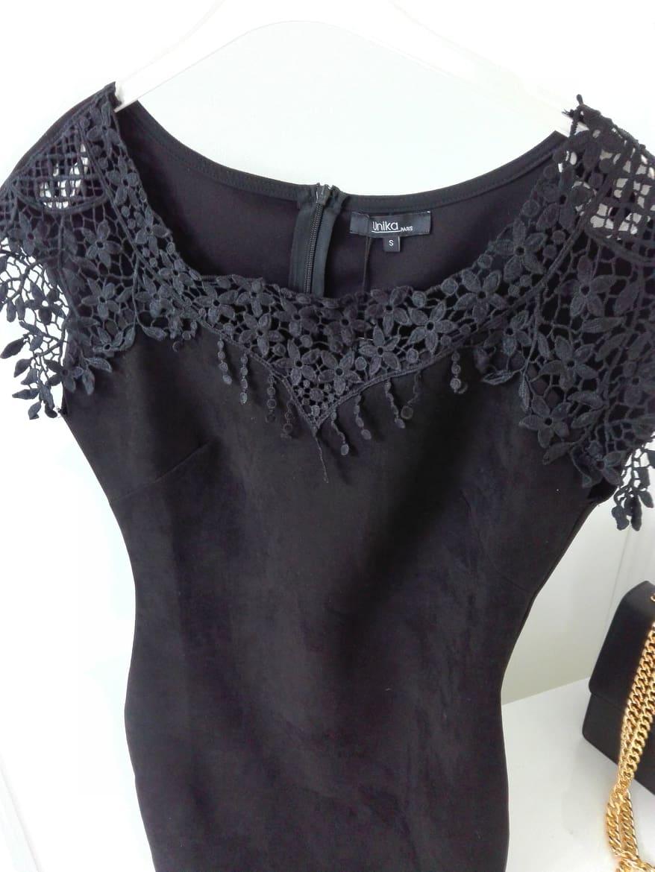 Jelenicové šaty s krajkou čierne - Elise.sk fa4f44a7745